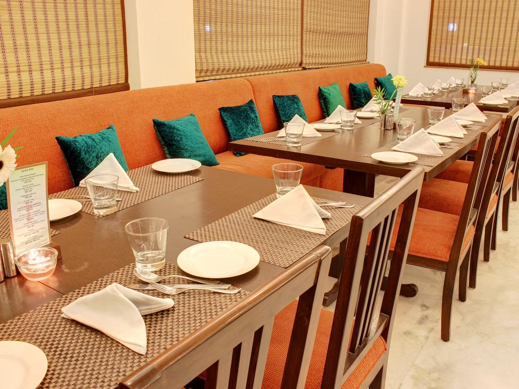 Dewa Retreat Hotel Rishikesh Restaurant