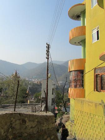 Hill Top Hotel Rishikesh